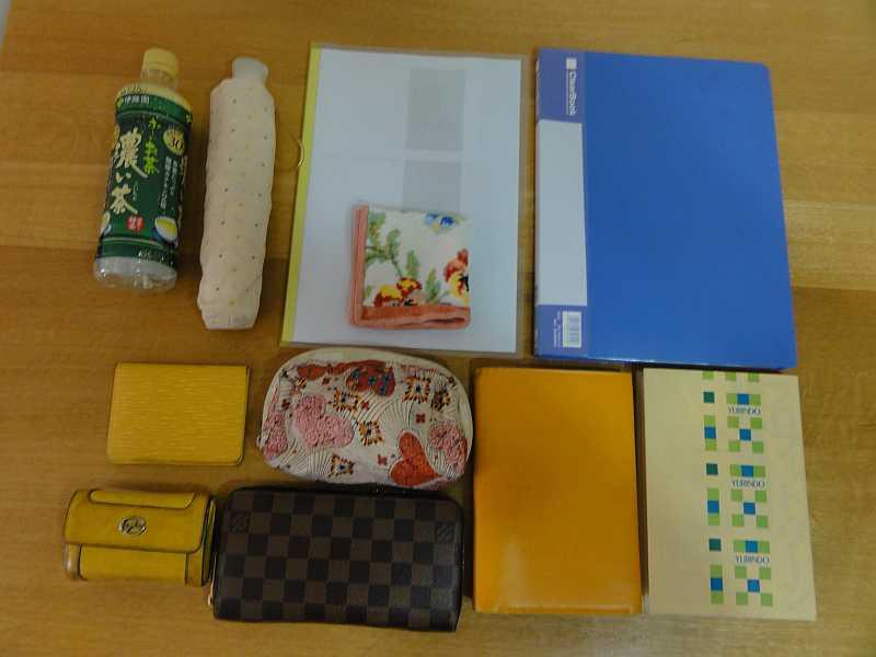 クロシェットのバッグには、たくさんの物が入ります
