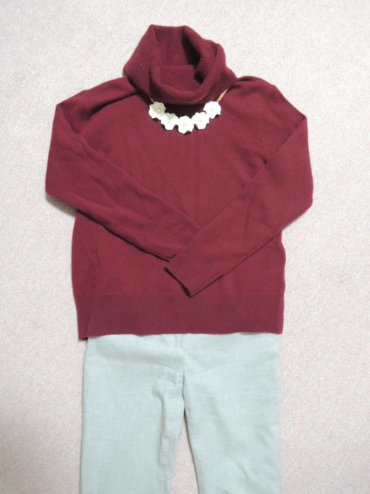タートルネックセーターと合わせた様子2