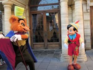 ピノキオを狼の写真
